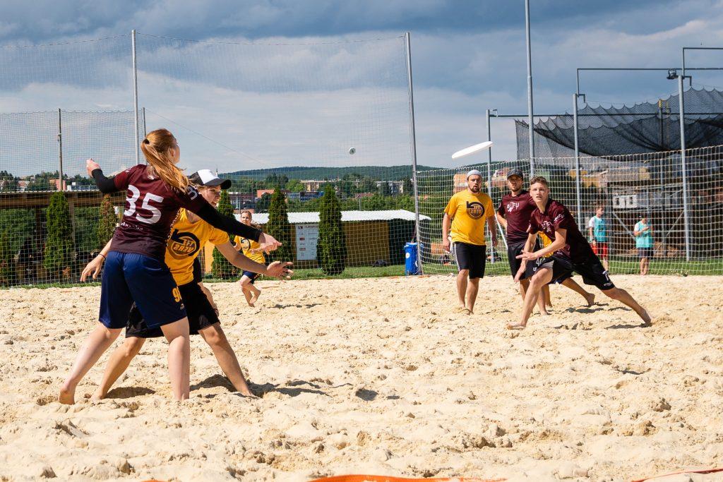 plážové ultimate frisbee mix